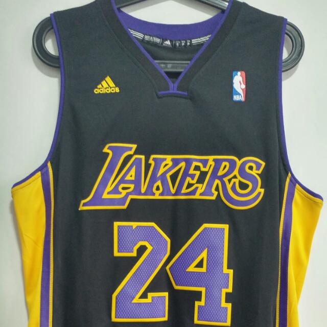 05becb64aa6 Kobe Bryant Los Angeles Lakers Hollywood Nights Jersey Small, Sports,  Sports Apparel on Carousell