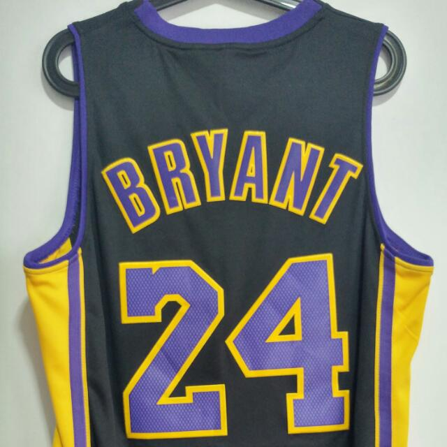 competitive price 5ac27 32ae0 Kobe Bryant Los Angeles Lakers Hollywood Nights Jersey Small ...