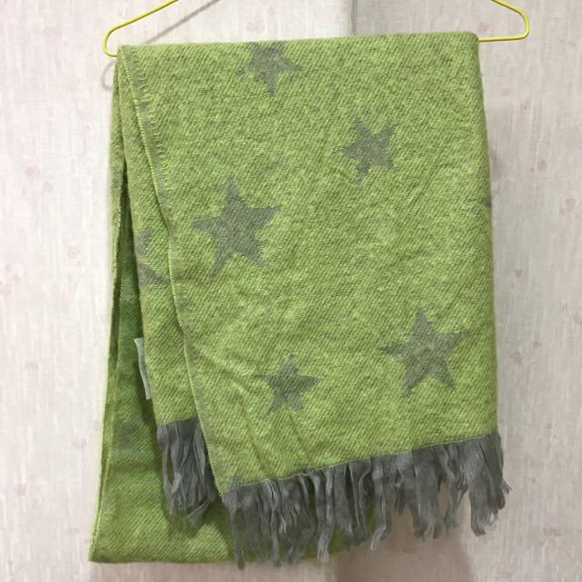 LOWRYS FARM 螢光綠星星圍巾