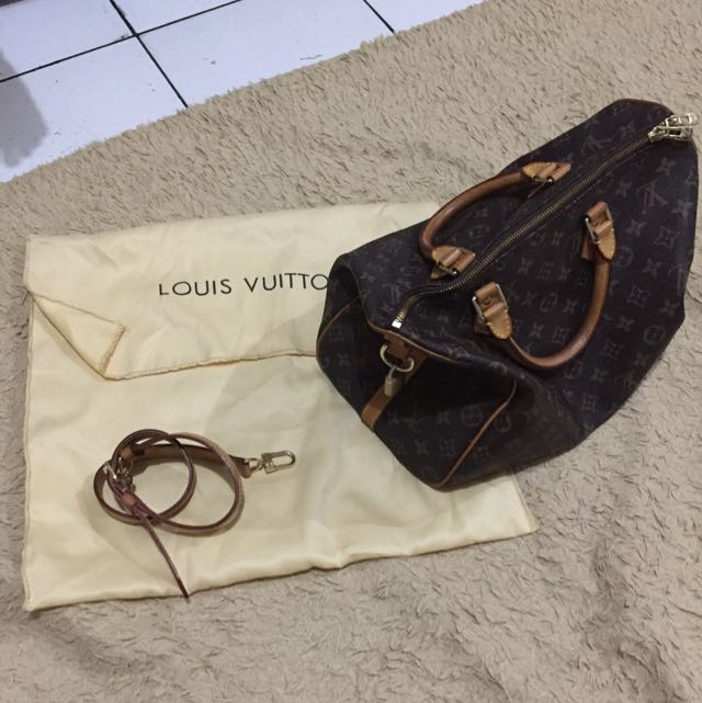 LV bag Sz 35 (not Authentic, Mirror Quality)