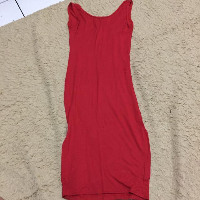 Red Body con Midi Dress