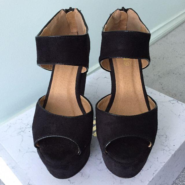 RUBI Shoes Wedges - Black double strap Size 38
