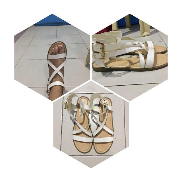 Sandals Parisian