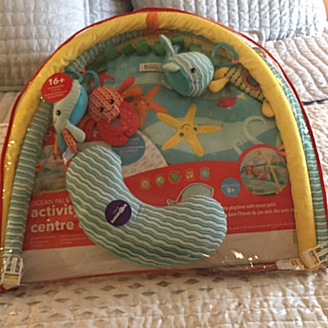 Skip Hop Ocean Pals Activity Gym Play Mat