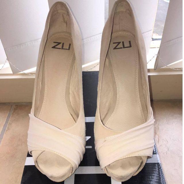 ZU Peep-Toe Heels