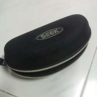 Sunglasses Hard Case - Seek