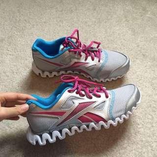 BN Reebok Running Shoes