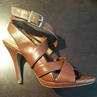Brown Leather Size 8.5 High Heels