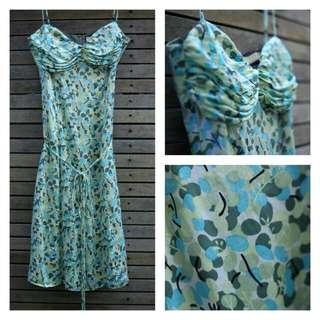 Silk Review dress Size 6