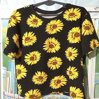 Sunflower-designed Cropped Top