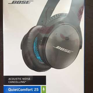 BNIB Bose QuietComfort 25 Acoustic Noise Cancelling Headphones