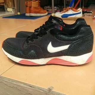 Turun Harga!! Nike Lunar Terra Safari Size 42,5. RARE ITEM