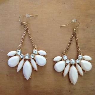 White And Gold Earrings