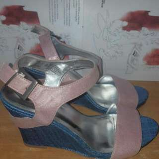 women's blue and pink open toe wedges