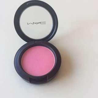 "MAC ""Pink Swoon"" Sheertone Blush"