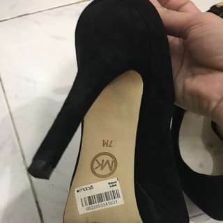 Pump Shoes For Sale
