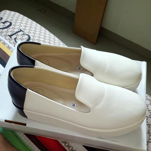 13TH SHOES NIGHTWALKER SLIP ON