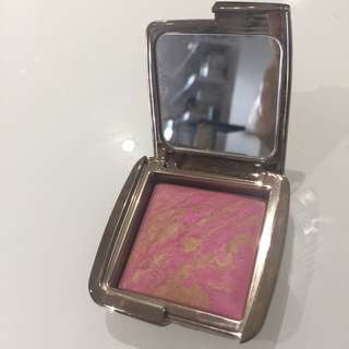 Hourglass Ambient Lighting Blush- Radiant Magenta