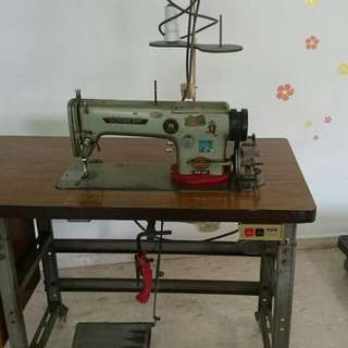 Sunbeam DSN-165 Commercial Sewing Machine