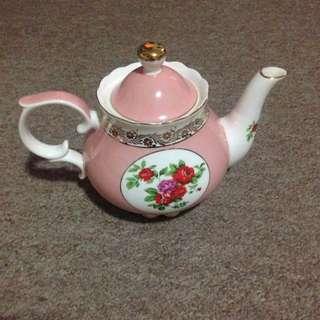 T2 Floral Teapot