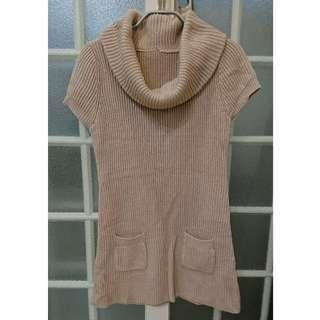 【二手】銀穗購買金色針織洋裝- 保暖 S (可當長版上衣)🐥