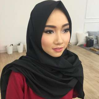 Jasa Make Up Artist Dan Kursus Make Up