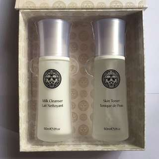 Lionesse 2-Step Cleansing Kit (Milk Cleanser And Skin Toner)