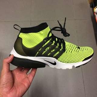 Nike 魚骨鞋
