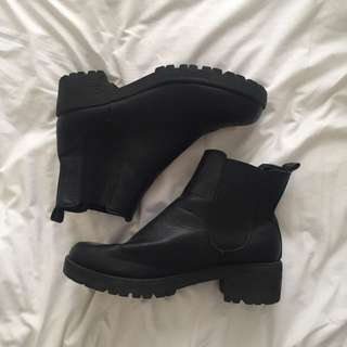Rubi Shoes Chunky Boots