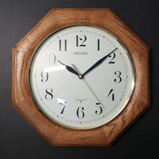 SEIKO 實木時鐘