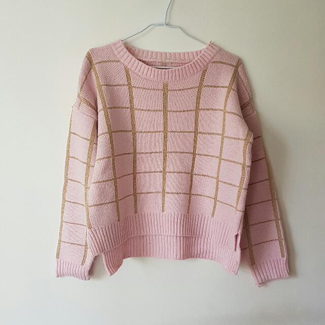 圓領粉色格紋毛衣