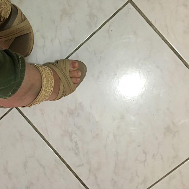 正🇰🇷 楔型鞋 23.5