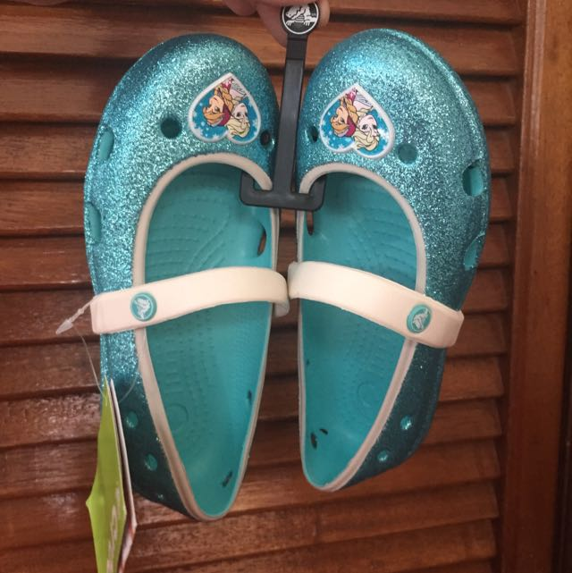 Authentic Crocs Frozen design