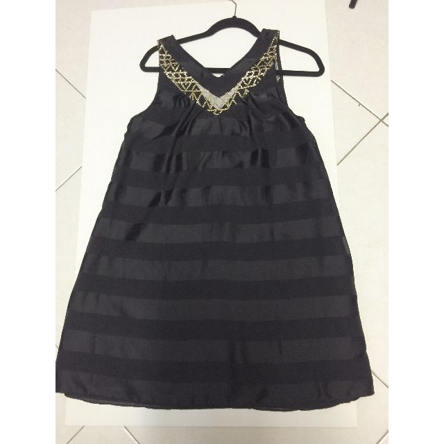 Black & Gold Sleeveless Dress