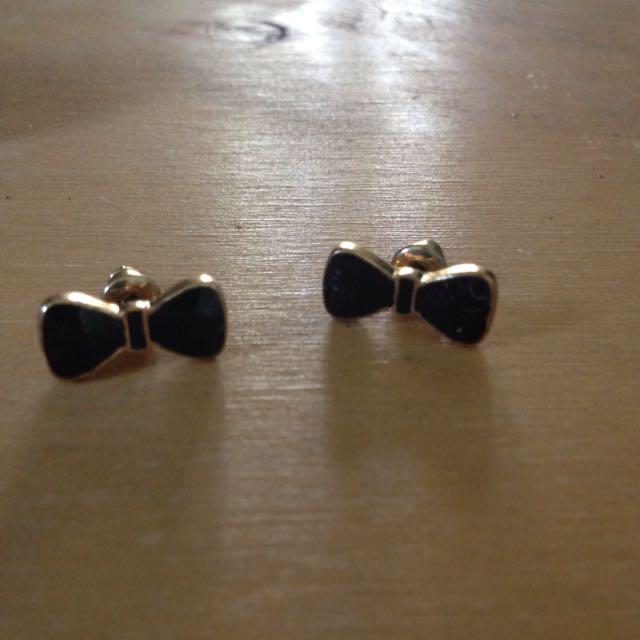 Black Bow Earrings