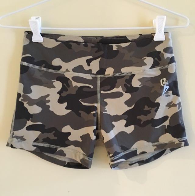 Blockout Camo Shorts Size M