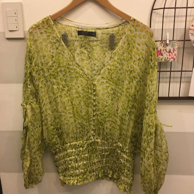 BYSI green heart printed top