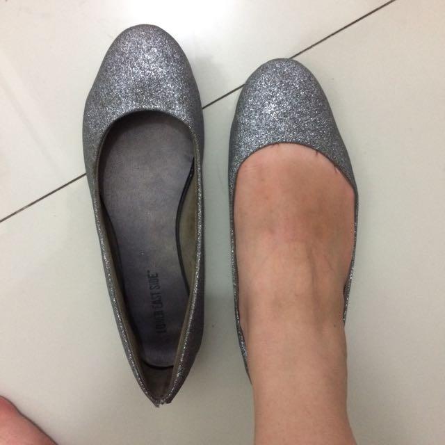 Flatshoes/ Sepatu