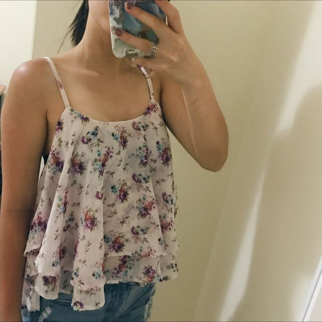 Floral Spag Top With Criss Cross Back