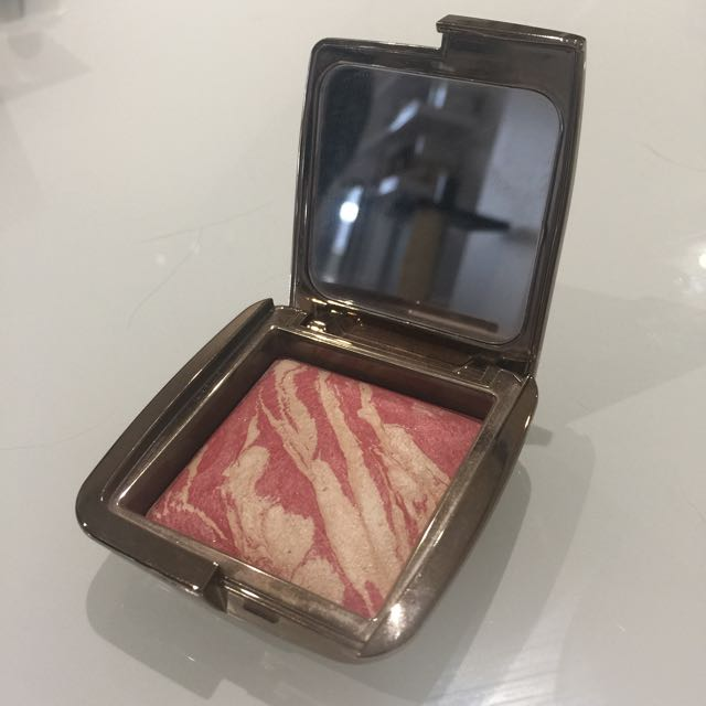 Hourglass Ambient Lighting Blush- Diffused Heat