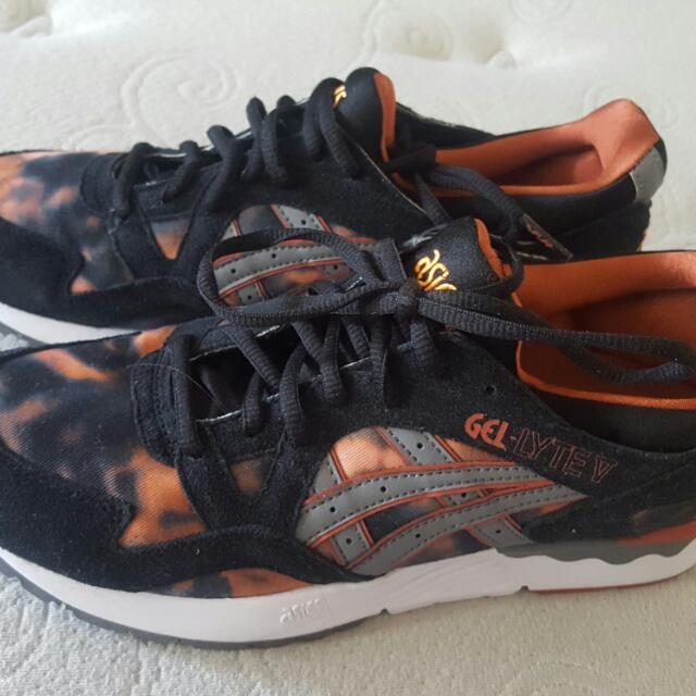 Ladies ASIC Gel Lyte Kicks