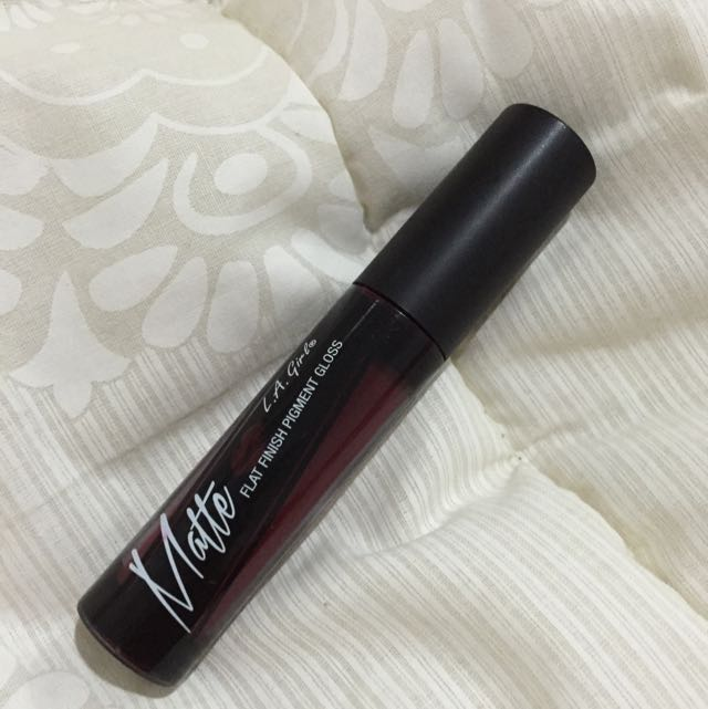 Like New! La Girl Matte Lipstick