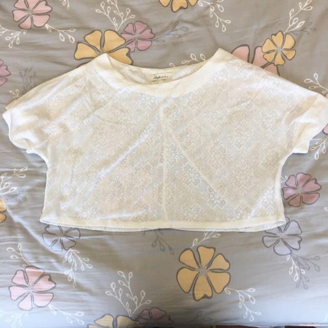 Lovfee M號白色短版上衣 [材質柔軟]