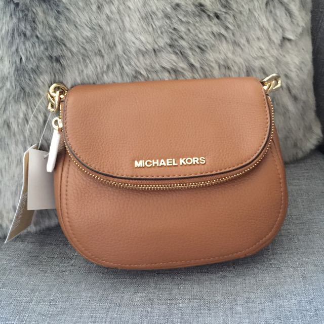 Michael Kors Bedford Hip Bag - Walnut With Gold tone Hardware