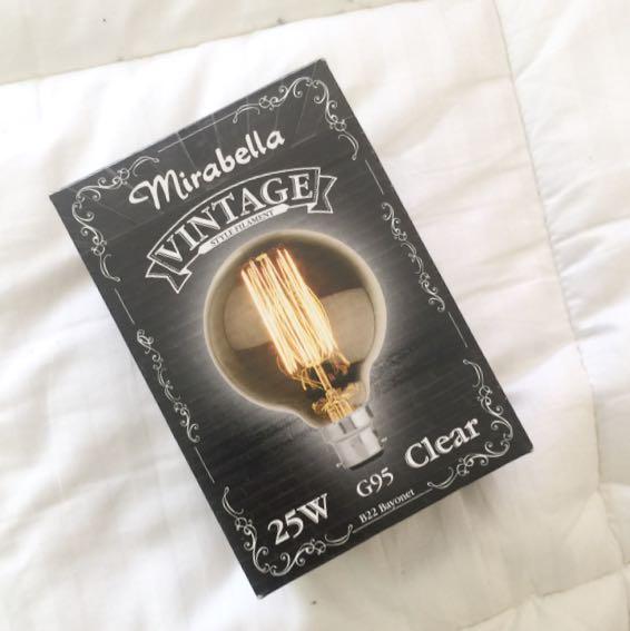 Mirabella Vintage Lightbulb