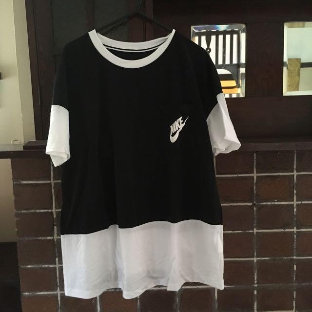 Nike Women's Tshirt (genuine)