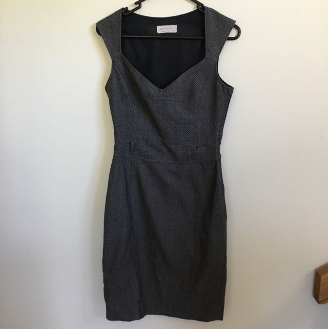Portland Business Dress - Size 6