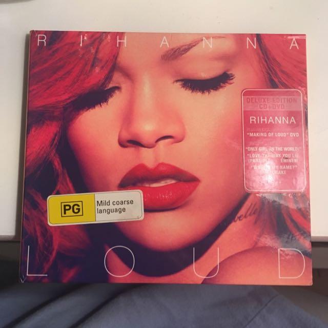 Rihanna Loud Deluxe CD + DVD