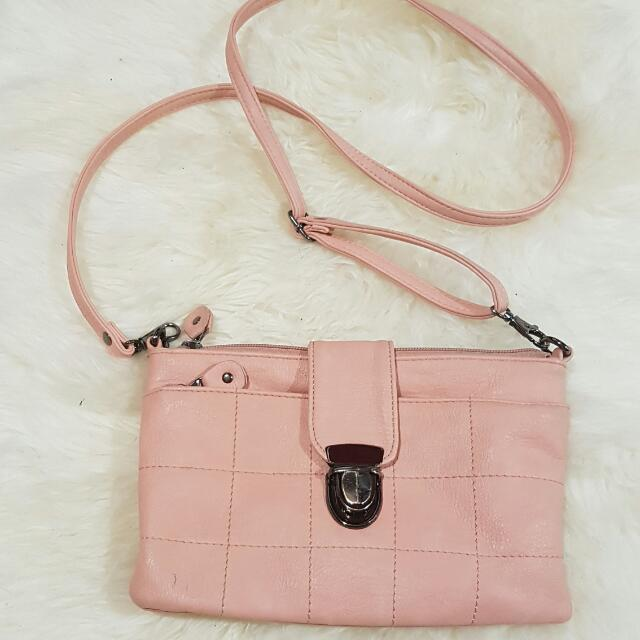Rose Pink Crossbody Purse With Zippers