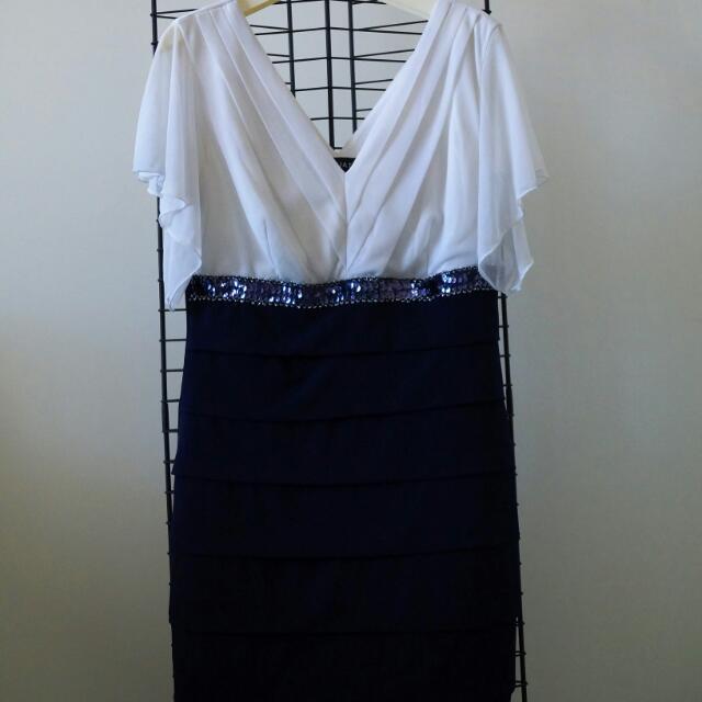 Stunning black and white dress